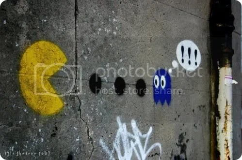 pac-man graffiti
