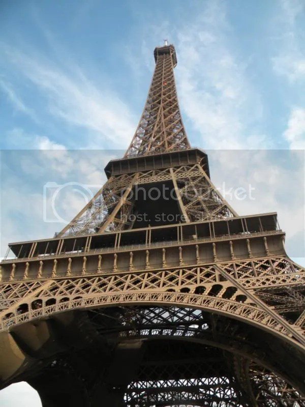 Eiffel Tower Pictures, Images and Photos