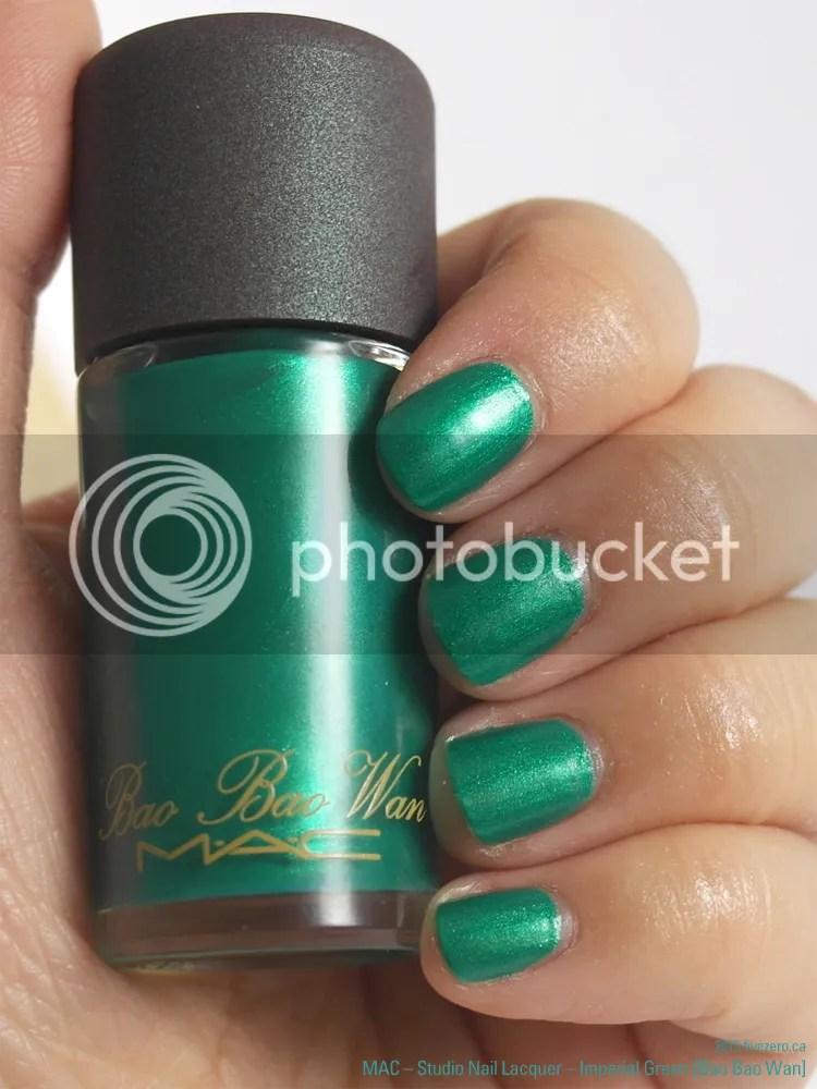 MAC Studio Nail Lacquer in Imperial Green (Bao Bao Wan), swatch