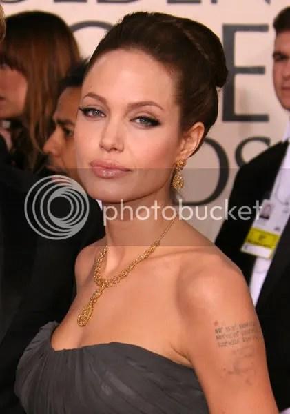 https://i1.wp.com/i100.photobucket.com/albums/m22/testblogger/Jewelry%20Blog%203/AngelinaJolieExpires1.jpg
