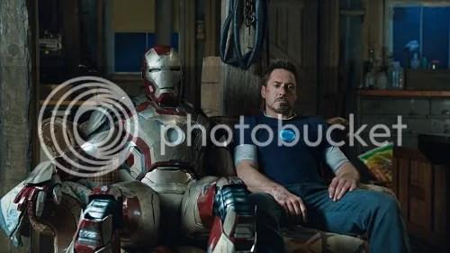 Iron Man 3 Tony armatura divano
