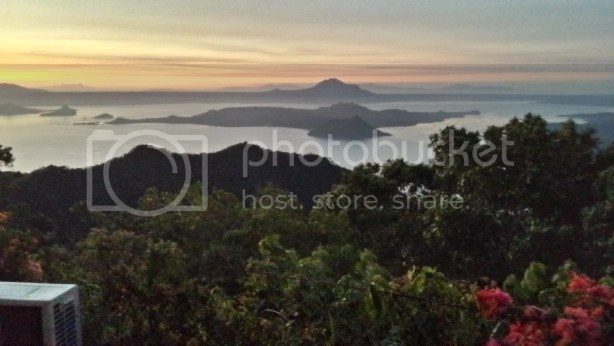 Taal Vista Hotel Review