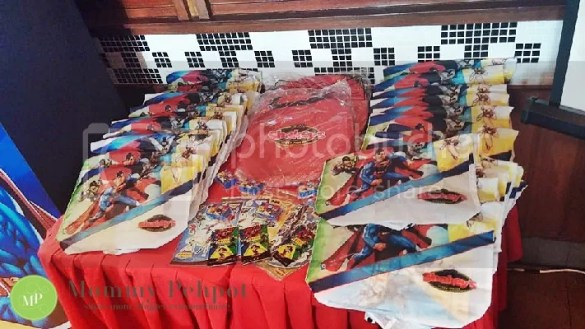 Shakeys Justice League Party Packages And The Story Of -8268