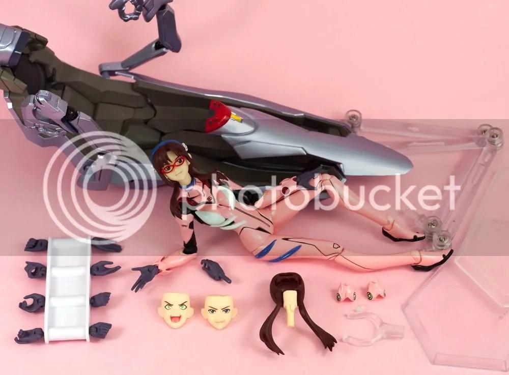 Mari Illustrious Makinami Figma accessories