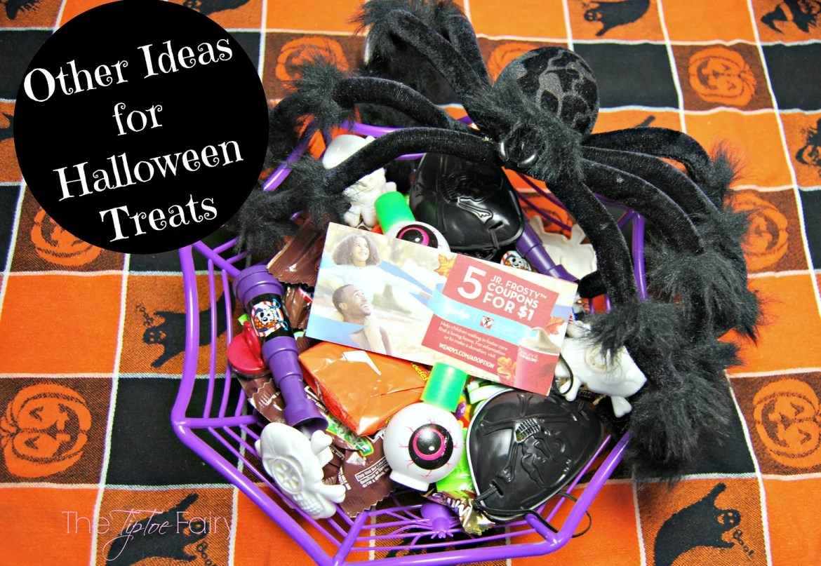 Other Ideas for Halloween Treats | The TipToe Fairy  #Frosty4Adoption #Ad #Halloween #Halloweenideas