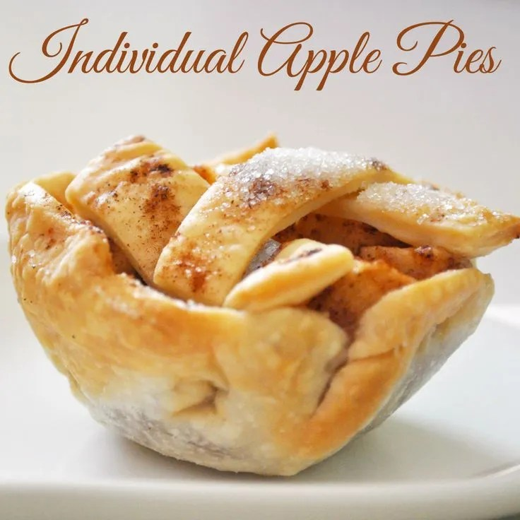 Individual Apple Pies | The Love Nerds