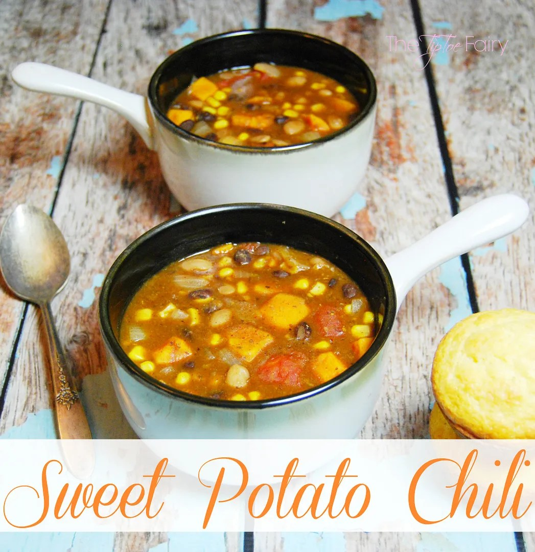 Heart Vegetarian Sweet Potato Chili and Healthy Living. Need a delicious healthy meal that's so filling for the season? | The TipToe Fairy #SimplyHealthy #ad #chilirecipes #vegetarian