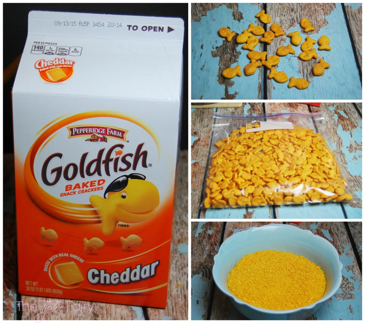 Fried Mac n Cheese Balls with Goldfish Crackers!! The perfect game time snack for kids and adults!   The TipToe Fairy @Walmart GoldfishMix #Ad