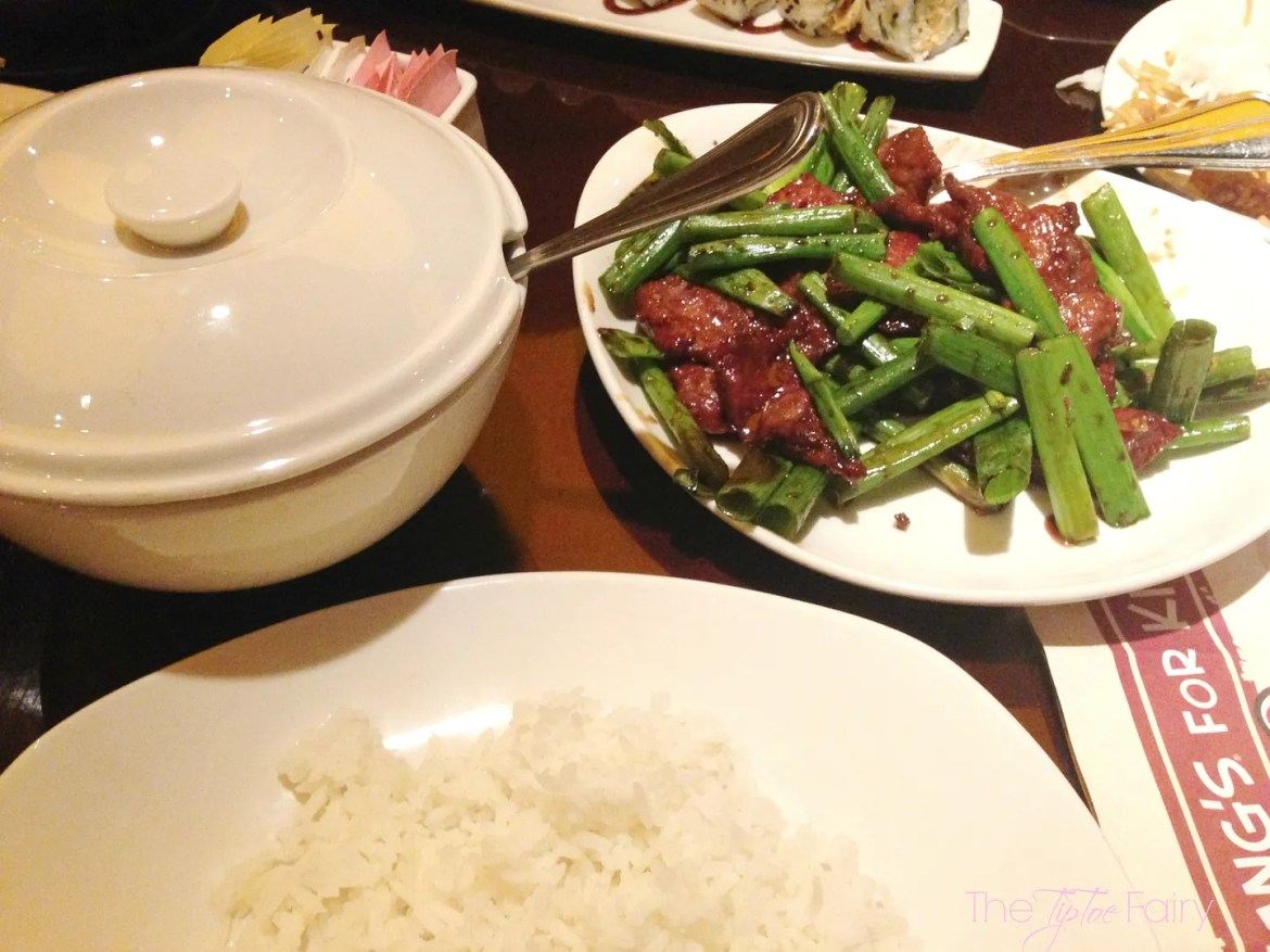 Been to @PFChangs lately? You will LOVE the new small plates and cocktails! Read about my experience | The TipToe Fairy #sp #pfchangs