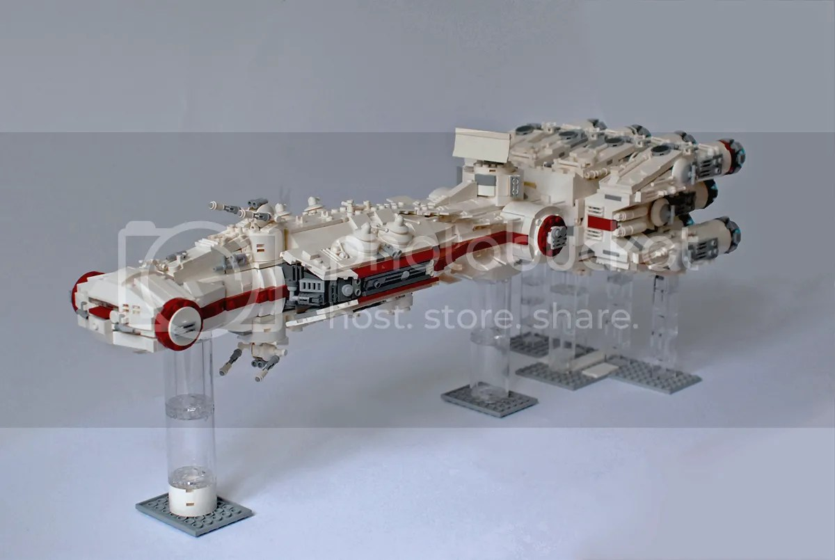 UCS Blockade Runner, by mortesv, on Eurobricks