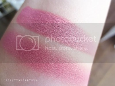 "Burberry Beauty Wet & Dry Silk Shadows No. 201 ""Rose Pink""."