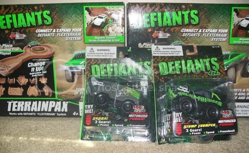 Defiants Collision Rally Set including Defiants 4x4 toy trucks and Terrain Pax