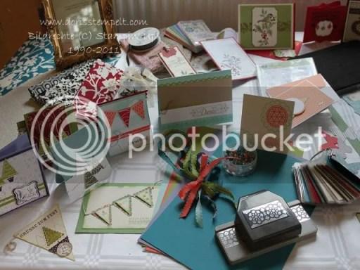 Tisch mit Mustern und Neuheiten