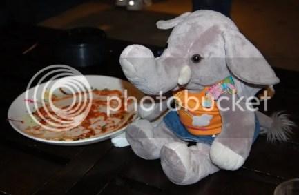 Ella Meets and Greets, eh, Eats.