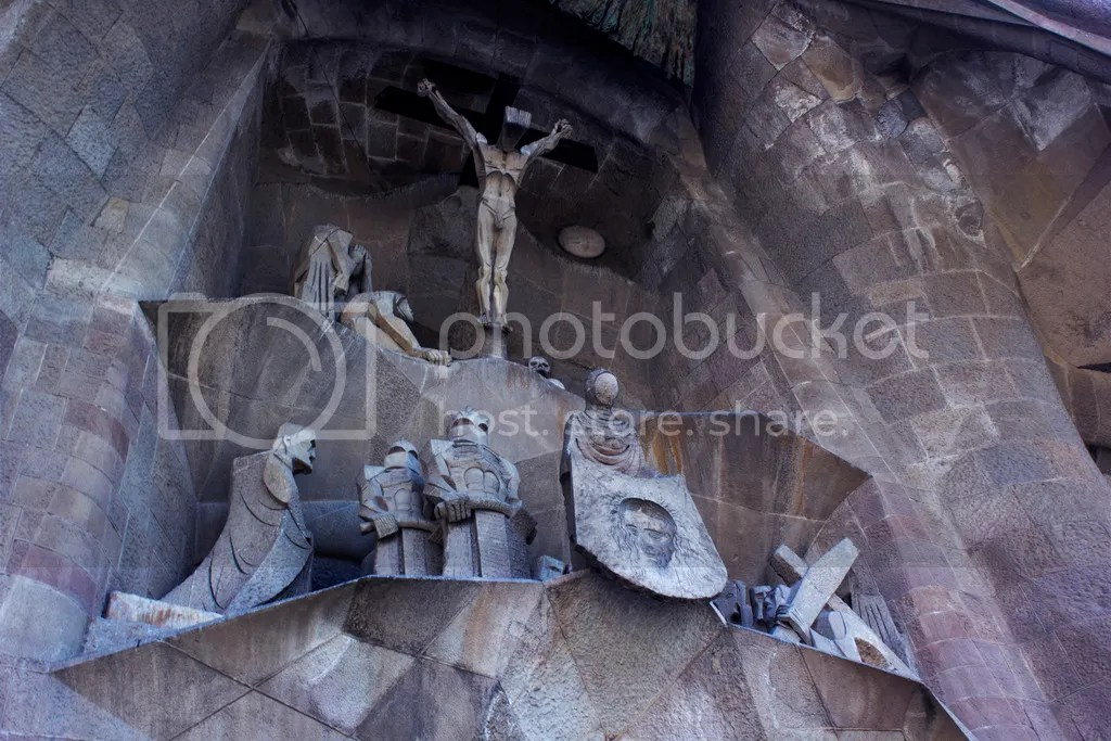 photo sagrada familia crucify scene_zps88hphdmy.jpg