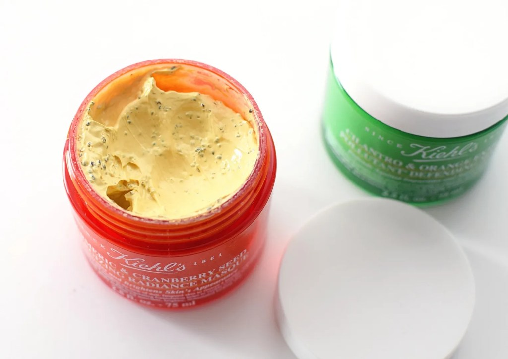 Kiehl's Energizing radiance Cranberry & Turmeric Masque review