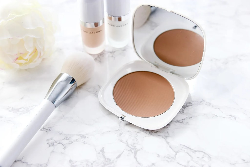 Marc Jacobs Coconut Glow Review
