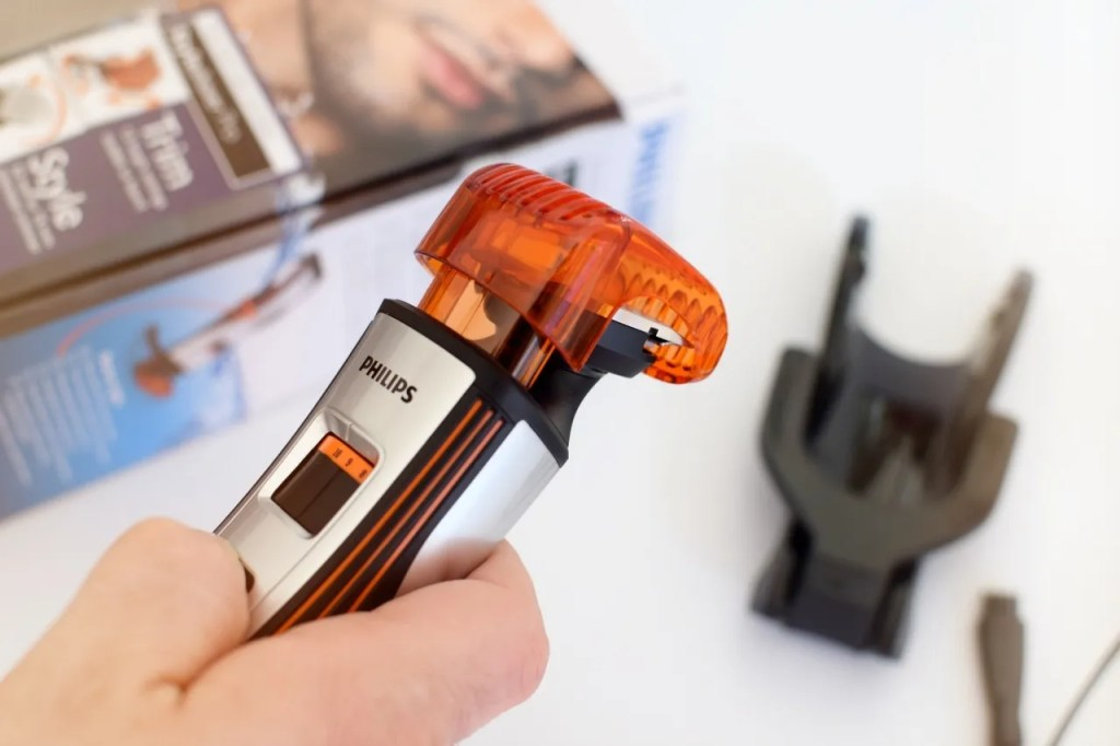 Philips Styleshaver Waterproof Trimmer | Mens Grooming on The LDN Diaries lifestyle blog