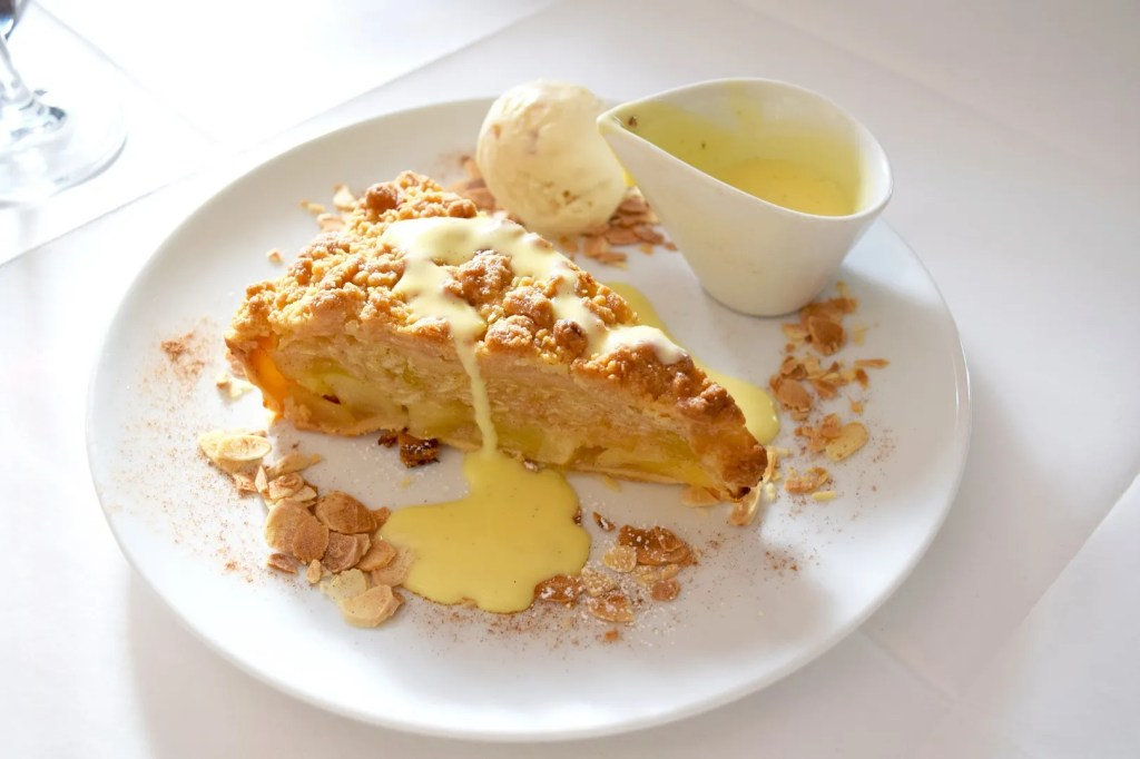 Apple crumble at Gallery Mess