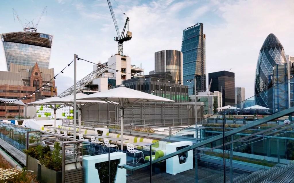 Skylounge Hilton London - Best Rooftop Bars London - London Lifestyle Blog The LDN Diaries