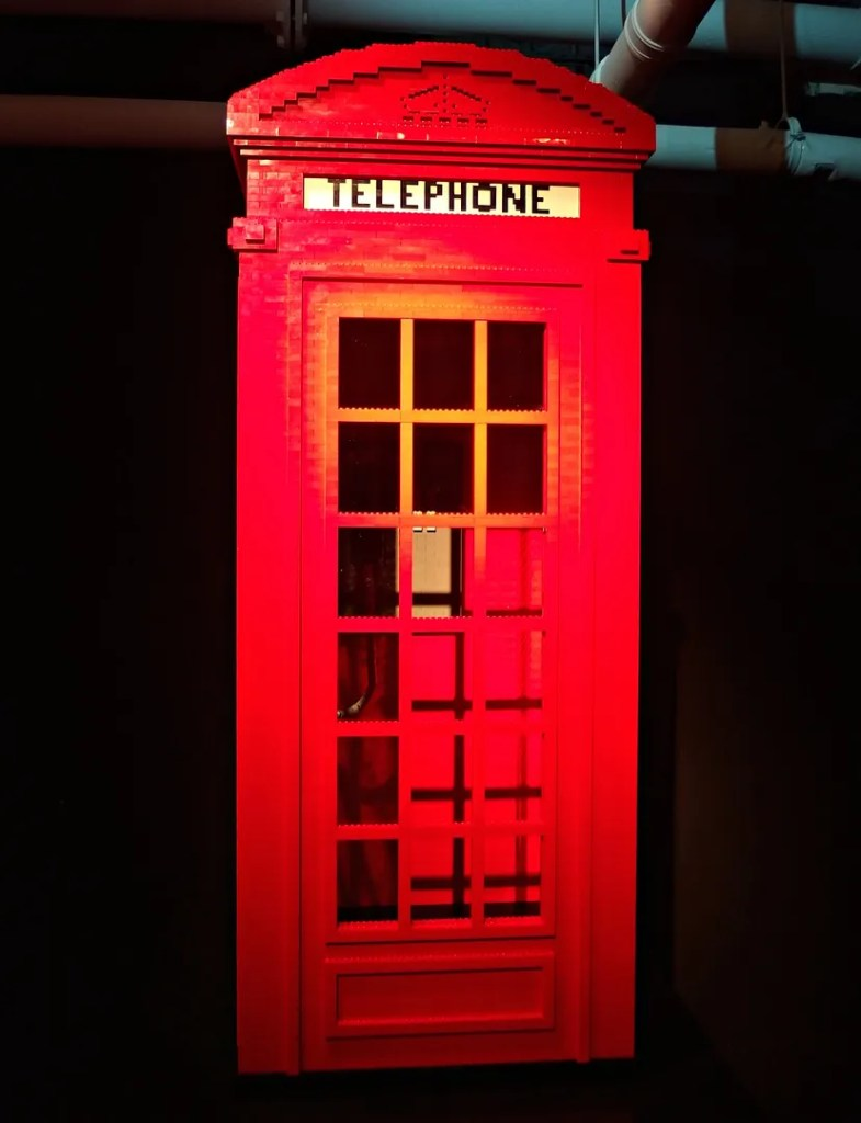 Telephone box made of LEGO