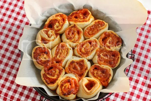 photo pizza_rolls_zps04f0d956.jpg