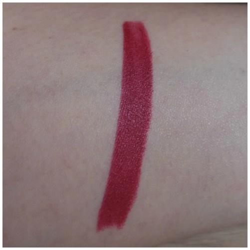 charlotte tilbury matte revolution lipstick love liberty review swatch