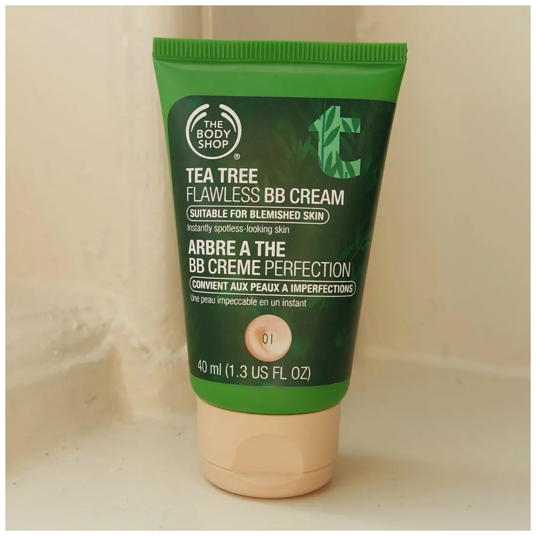 The Body Shop Tea Tree Flawless BB Cream 01