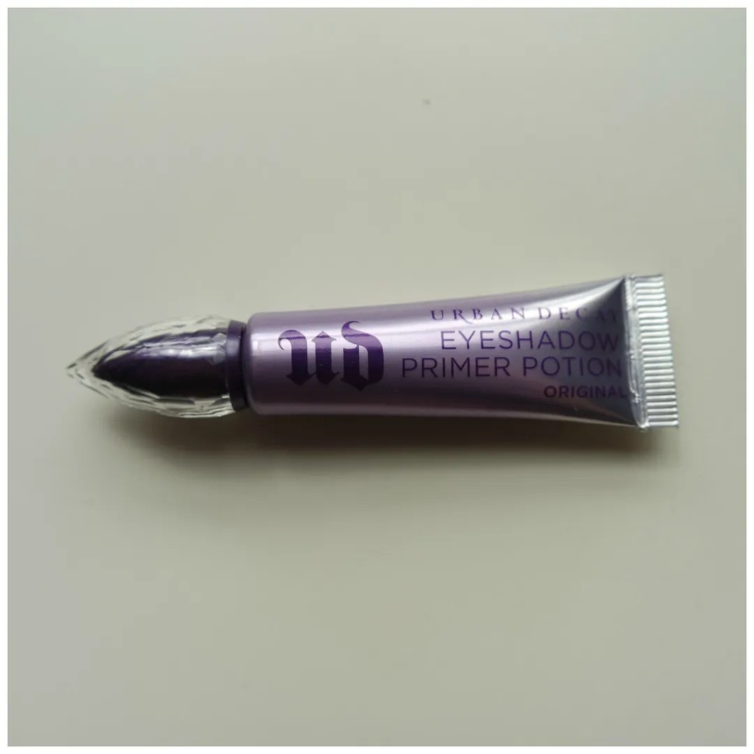 urban decay primer potion eyeshadow primer review swatch
