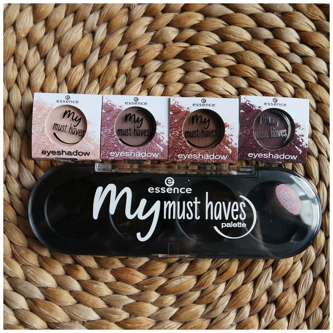 essence my must haves palette apricotta mauvie-time miss foxy roxy black as a berry review swatch singles