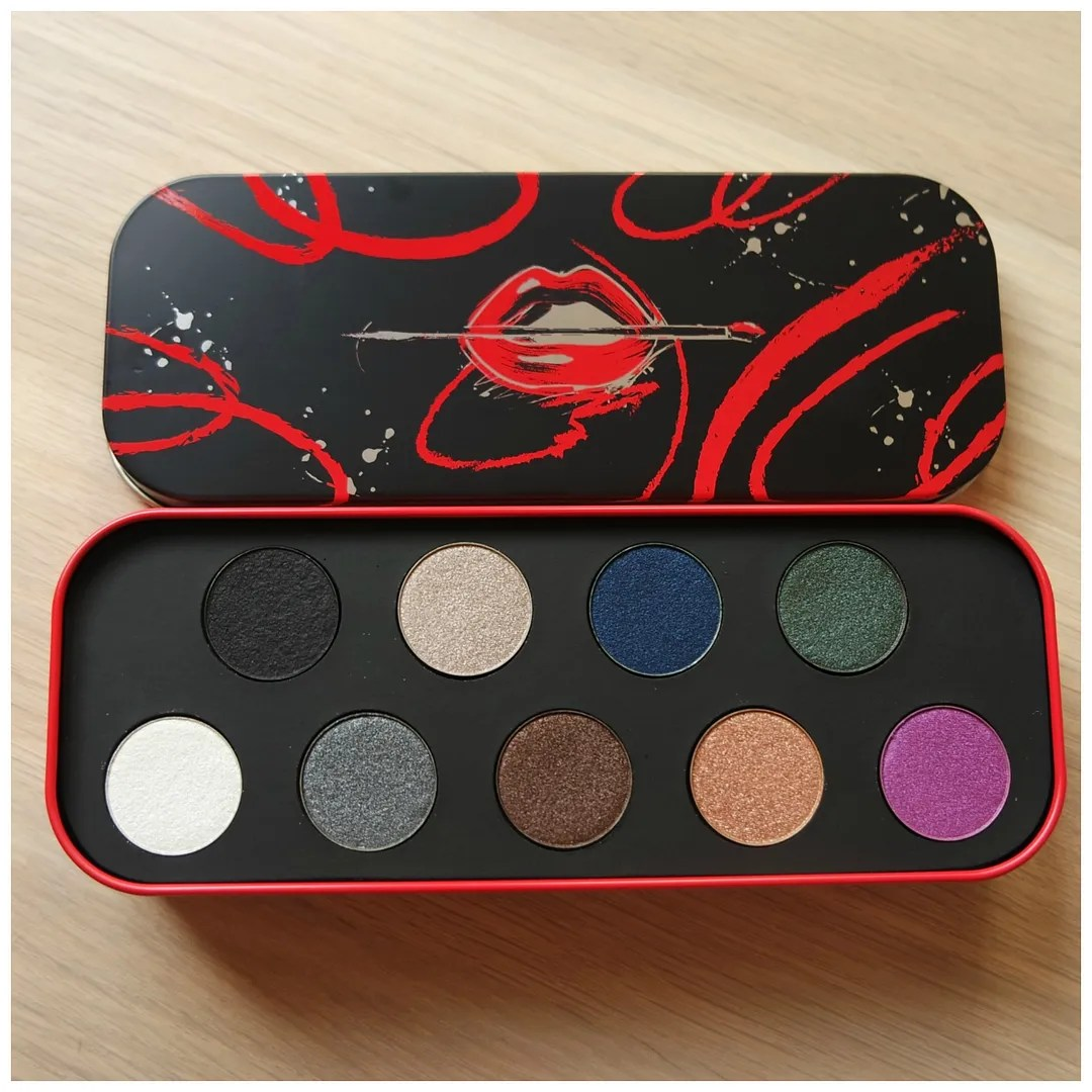 make up forever artistic eyeshadow palette artist review swatch