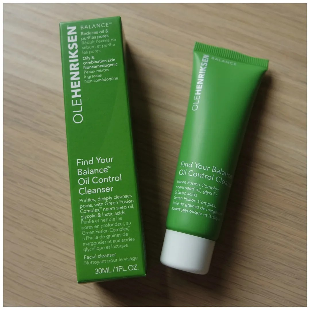 ole henriksen find your balance oil control cleanser review swatch
