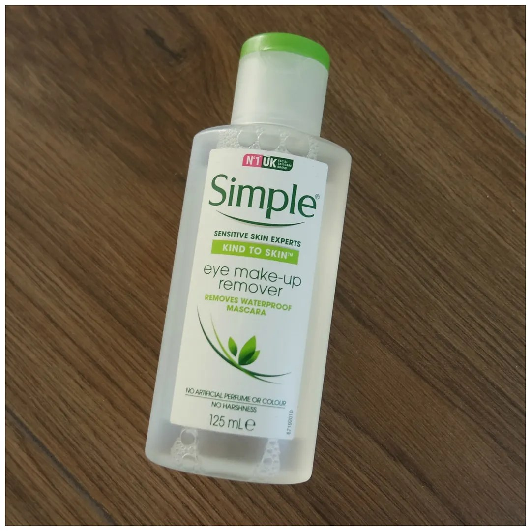 simple eye makeup remover skincare cleanser review swatch
