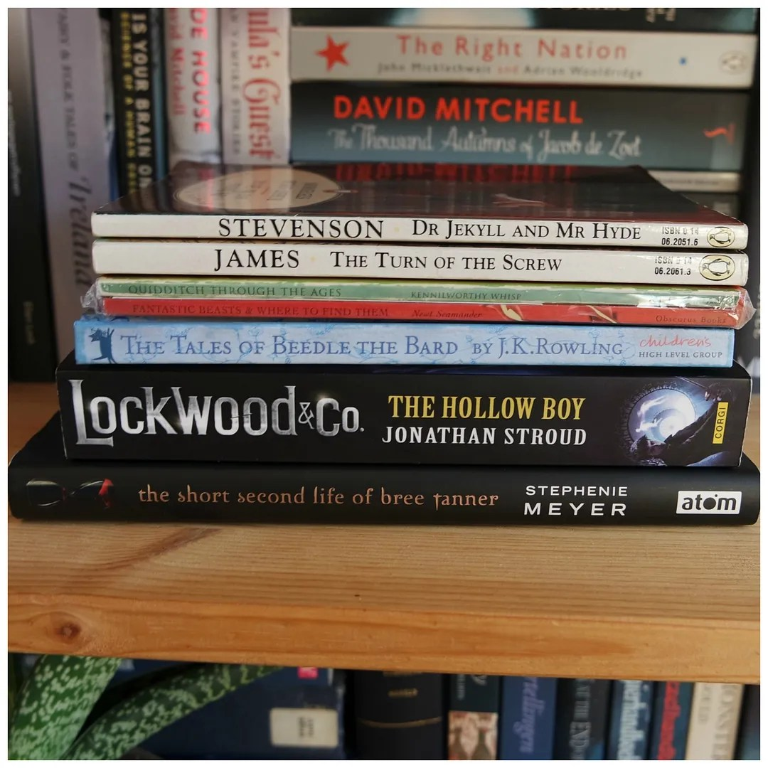 R.L. Stevenson - Dr Jekyll & Mr Hyde Henry James - The Turn of the Screw J.K. Rowling - Hogwart's Library: Fantastic Beasts and Where to Find them & Quidditch through the Ages J.K. Rowling - The Tales of Beedle the Bard Jonathan Stroud - Lockwood & Co: The Hollow Boy Stephenie Meyer - The Short Second Life of Bree Tanner