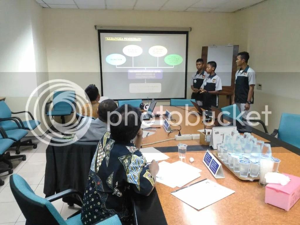 Presentasi karya dari SMK binaan Astra