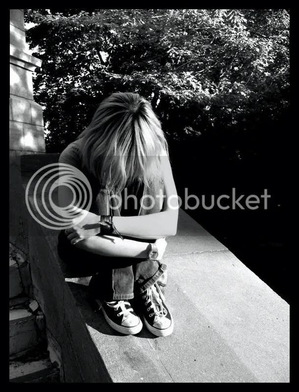 https://i1.wp.com/i107.photobucket.com/albums/m287/babyygirlkrystal/Emo___by_Singul-1.jpg