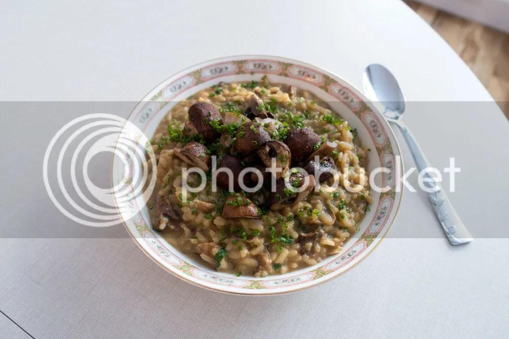photo vegan-mushroom-risotto-11_zpsybtsyej2.jpg