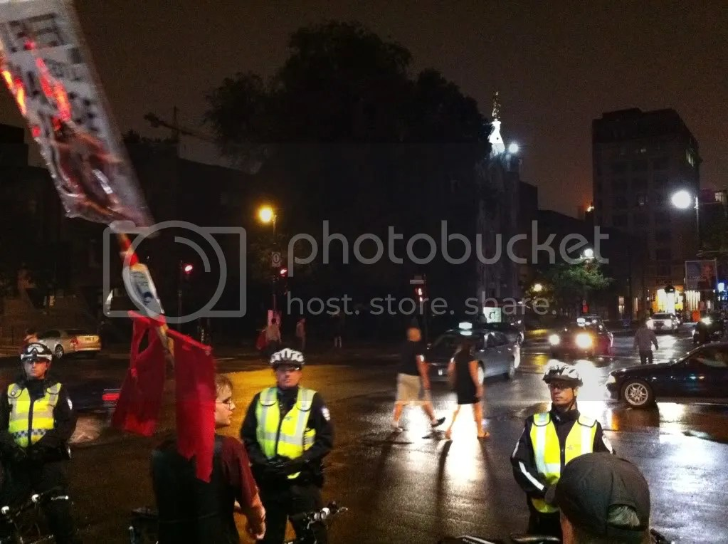 2012-08-10 - 23h41 #manifencours109