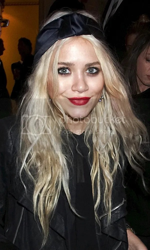 Olsens Anonymous 11 Times The Olsen Twins Wore Red Lipstick