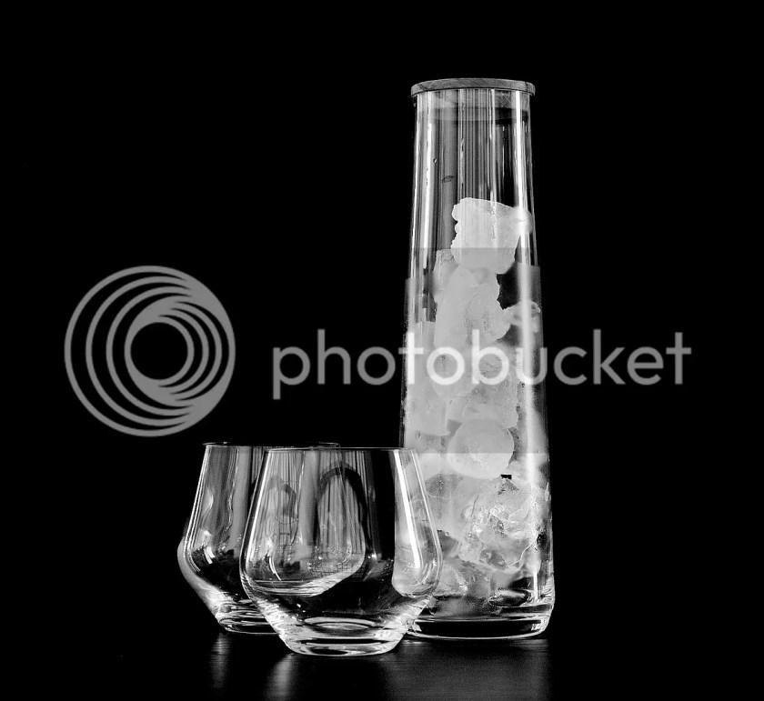signature bottle / frederik bagger