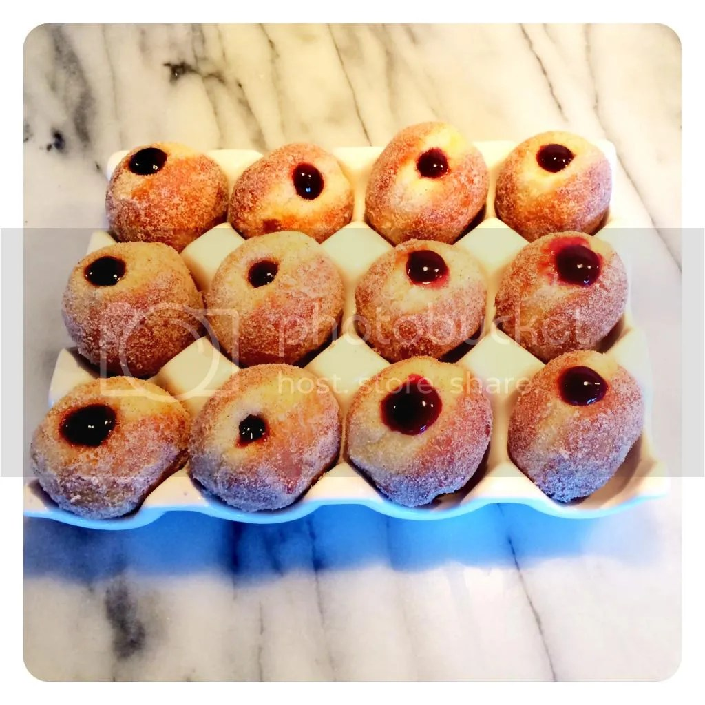 Fill boms with blueberry maple compote