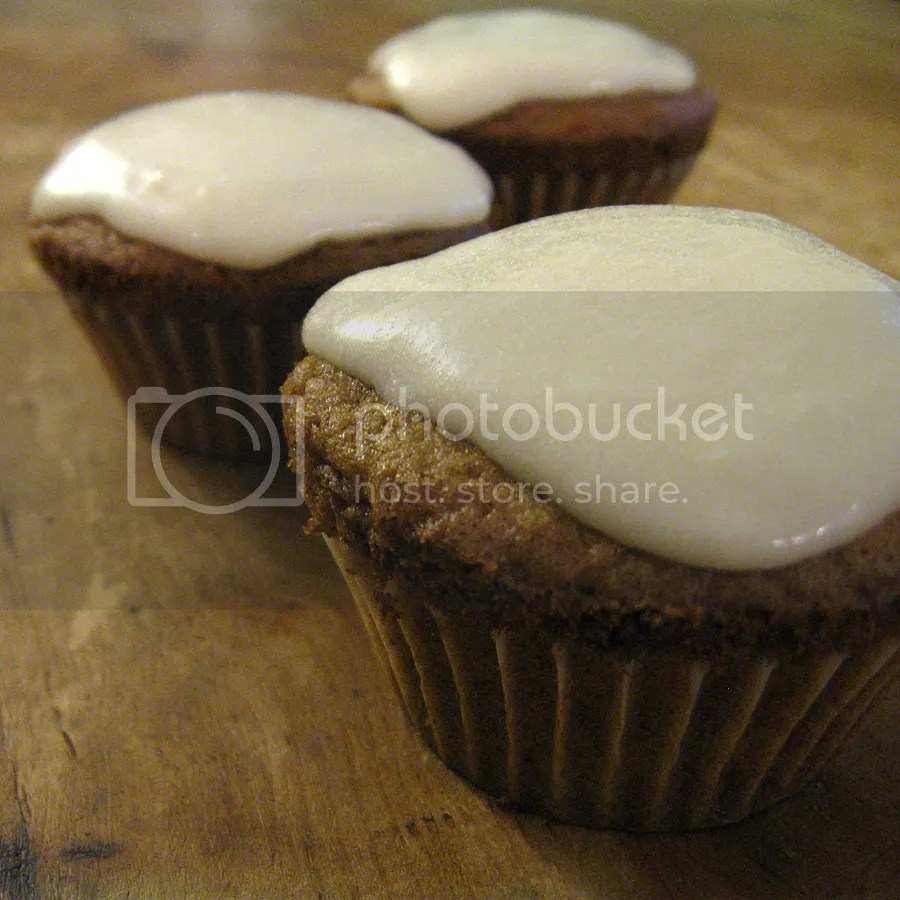 Carrot cupcakes with quark icing
