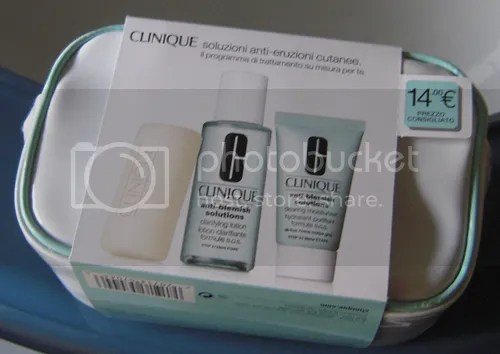 Clinique cofanetto Anti-blemishing solutions (1/2)