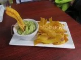Habana Blues' Guacamole con Chicharritas