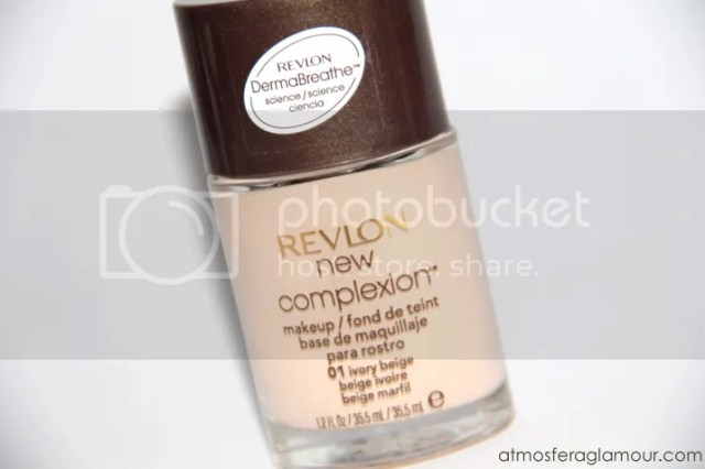 Testei Base New Complexion Oil Free Makeup Revlon