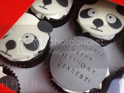 customize design cupcakes