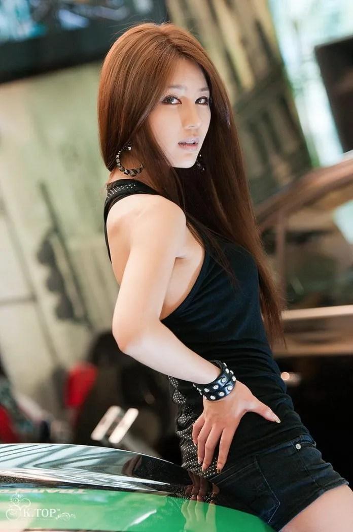 photo KoreancarmodelParkSiHyunandcoolChevroletspark8.jpg
