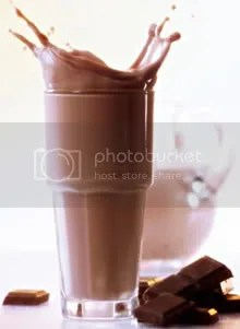 chocolate_milk_in_glass.jpg chocolate milk image by coatlicue_2006