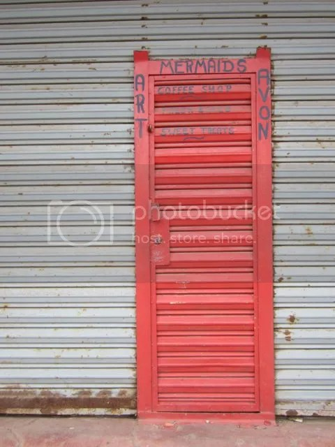 Red door photo reddoorPuertoNuevo_zpsfe03a1ed.jpg