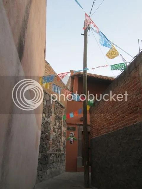 photo narrowwaySMA_zps713ecbf9.jpg